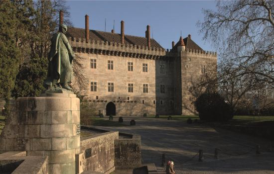 Visit the museums in Braga and Guimarães